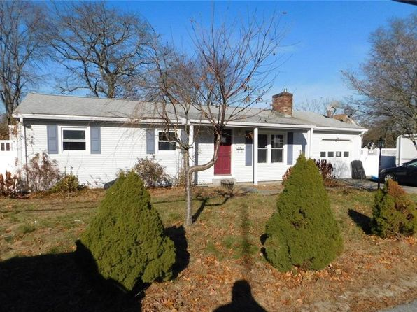 3 bed 1.5 bath Single Family at 4 Claremont St Lincoln, RI, 02865 is for sale at 122k - 1 of 13