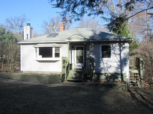 3 bed 1 bath Single Family at 125 Greenwood Dr Beacon, NY, 12508 is for sale at 160k - 1 of 19