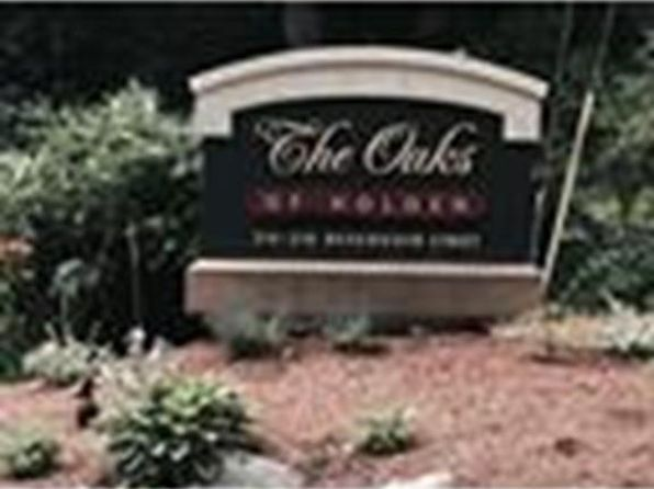 1 bed 2 bath Condo at 218 RESERVOIR ST HOLDEN, MA, 01520 is for sale at 225k - 1 of 17