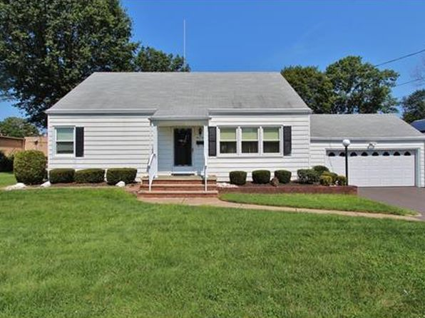 2 bed 1 bath Single Family at 115 Redding Ave South Plainfield, NJ, 07080 is for sale at 285k - 1 of 15