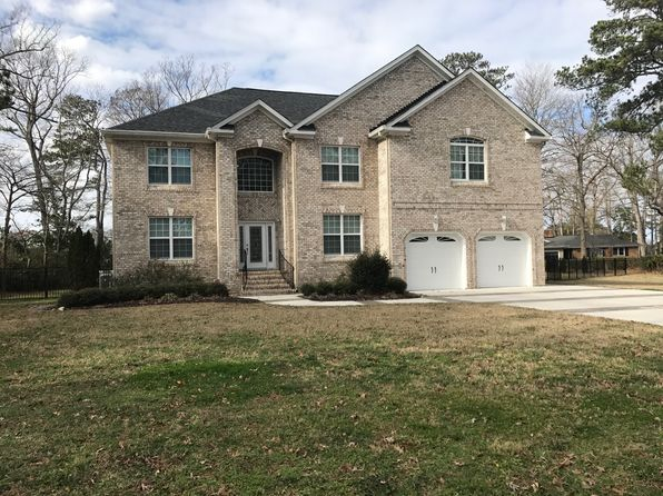 6 bed 5 bath Single Family at 4853 Brigadoon Dr Virginia Beach, VA, 23455 is for sale at 898k - 1 of 31