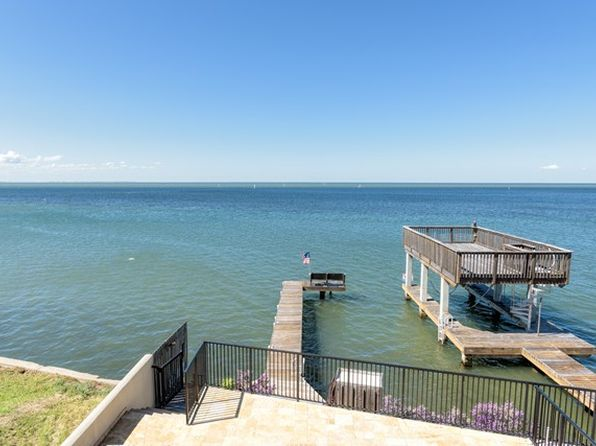 4 bed 4 bath Townhouse at 5609 Laguna Cir S South Padre Island, TX, 78597 is for sale at 1.10m - 1 of 36