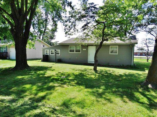 3 bed 1 bath Single Family at 619 S Central Ave Centralia, MO, 65240 is for sale at 69k - 1 of 17