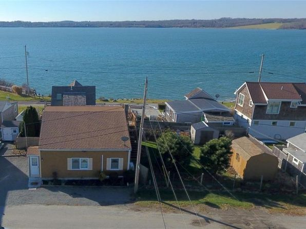 2 bed 1 bath Single Family at 23 Williams Ave Tiverton, RI, 02878 is for sale at 450k - 1 of 28
