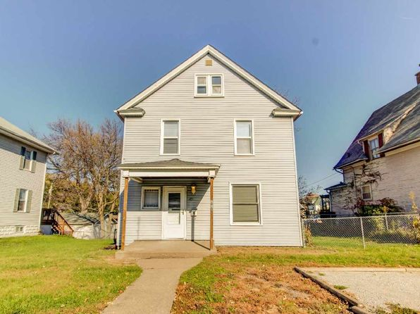 4 bed 2 bath Single Family at 1010 W Locust St Davenport, IA, 52804 is for sale at 85k - 1 of 24