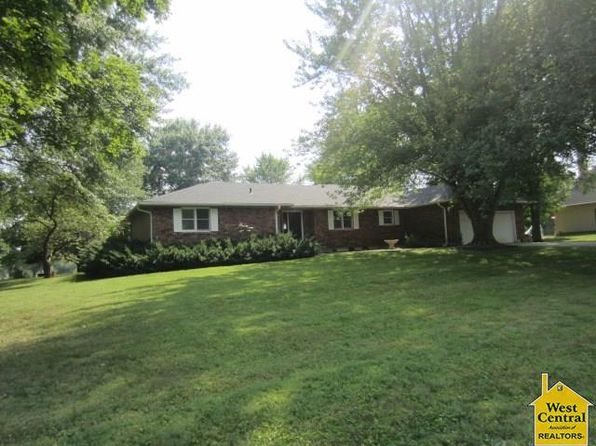 3 bed 2 bath Single Family at 5365 Pin Oak Ln Sedalia, MO, 65301 is for sale at 229k - 1 of 2