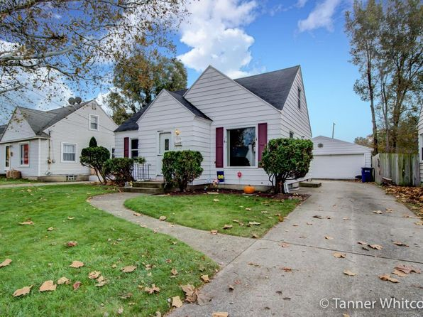 3 bed 3 bath Single Family at 1334 Northlawn St NE Grand Rapids, MI, 49505 is for sale at 160k - 1 of 28
