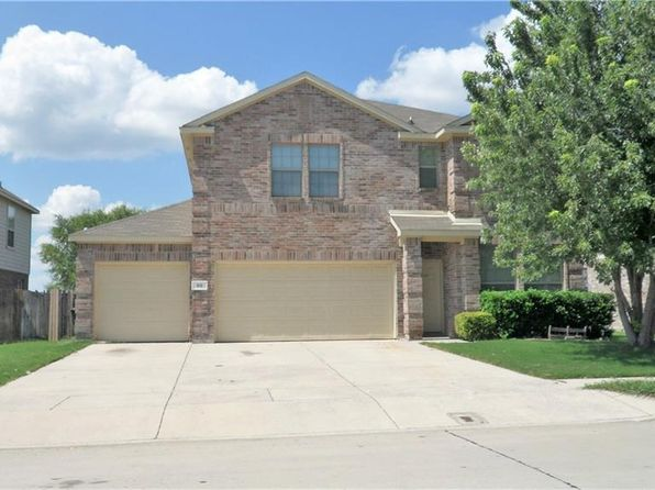 4 bed 3 bath Single Family at 90 N Highland Dr Sanger, TX, 76266 is for sale at 220k - 1 of 12