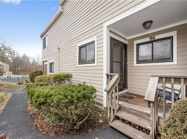 2 bed 2.5 bath Townhouse at 96 Park Dr Mount Kisco, NY, 10549 is for sale at 425k - 1 of 19