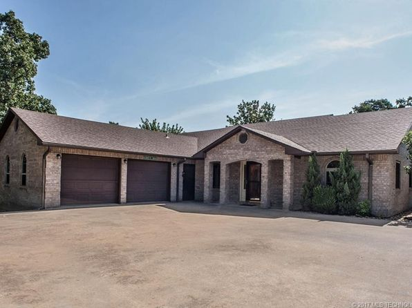 4 bed 2 bath Single Family at 6 Crooked Oak Ln McAlester, OK, 74501 is for sale at 370k - 1 of 24