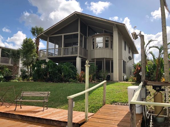 3 bed 2 bath Single Family at 1047 Dolphin Ln Moore Haven, FL, 33471 is for sale at 249k - 1 of 26