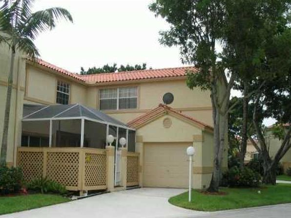 3 bed 2 bath Townhouse at 11086 LONG BOAT DR HOLLYWOOD, FL, 33026 is for sale at 307k - 1 of 8