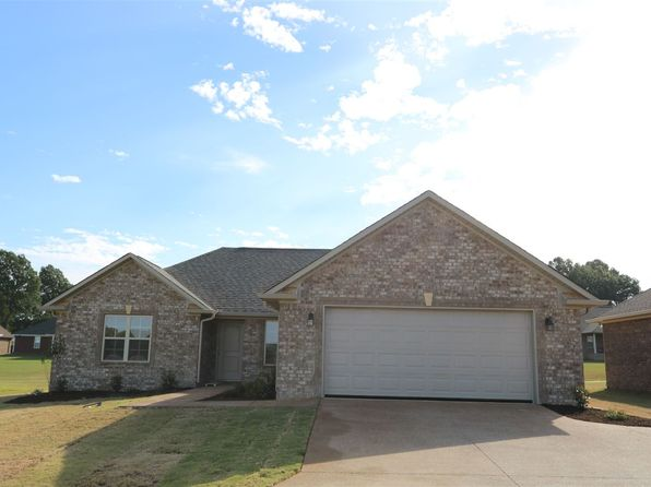 3 bed 2 bath Single Family at 8208 Telecom Dr Milan, TN, 38358 is for sale at 140k - 1 of 19