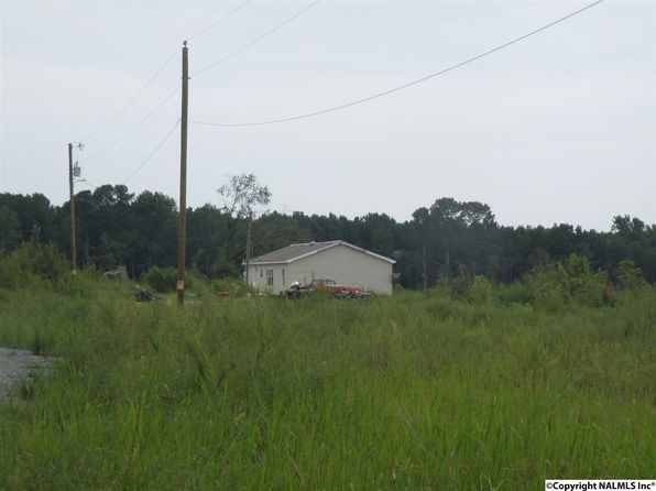 3 bed 2 bath Mobile / Manufactured at 387 County Road 1763 Baileyton, AL, 35019 is for sale at 94k - 1 of 3