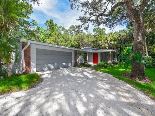 3 bed 2 bath Single Family at 1335 Hidden Harbor Way Sarasota, FL, 34242 is for sale at 659k - 1 of 24