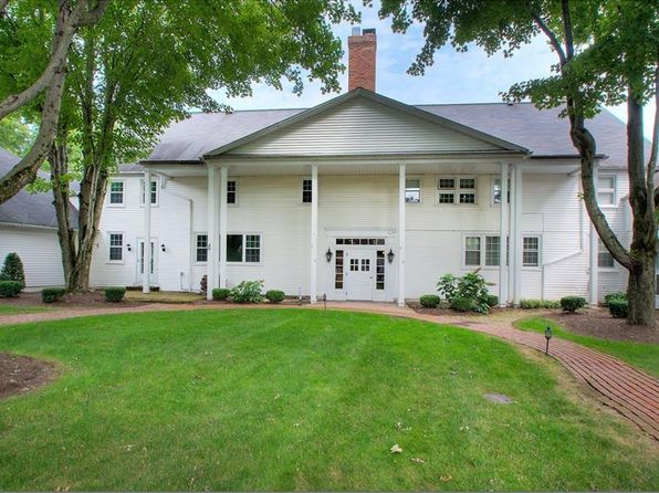 3 bed 3 bath Condo at 14661 Hillbrook N Ln 7 Chagrin Falls, OH, 44022 is for sale at 199k - 1 of 25