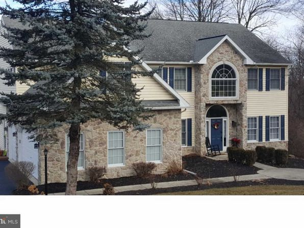 5 bed 4 bath Single Family at 142 Beacon Hill Rd Temple, PA, 19560 is for sale at 395k - 1 of 25