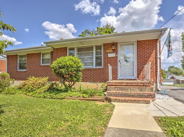 3 bed 1 bath Single Family at 1527 Guildhall Ave NW Roanoke, VA, 24017 is for sale at 90k - 1 of 25
