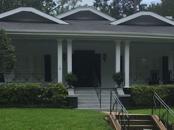 2 bed 2 bath Single Family at 631 Unadilla St Shreveport, LA, 71106 is for sale at 220k - 1 of 9
