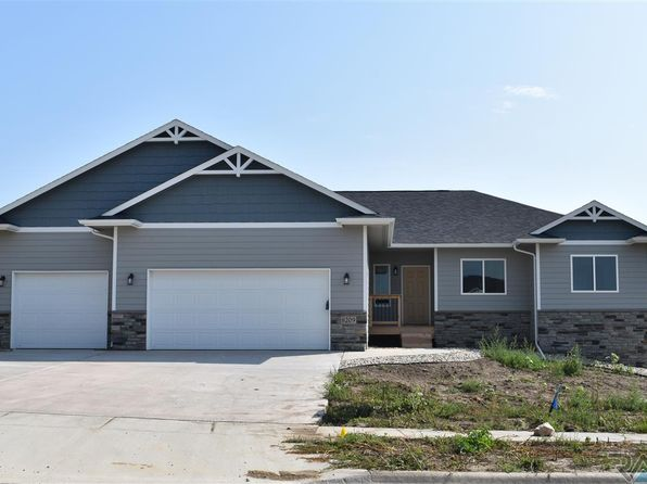 3 bed 2 bath Single Family at 8209 E Arctic Willow Cir Sioux Falls, SD, 57110 is for sale at 313k - 1 of 20