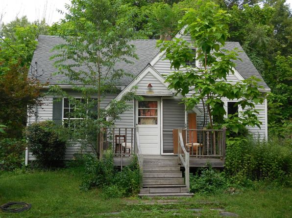 3 bed 1 bath Single Family at 53 Johns Estate Rd Pine Bush, NY, 12566 is for sale at 199k - 1 of 14