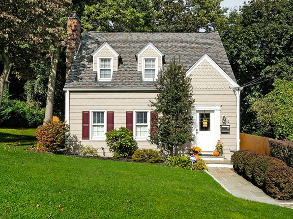 2 bed 2 bath Single Family at 2 Joan Ave White Plains, NY, 10607 is for sale at 455k - 1 of 28