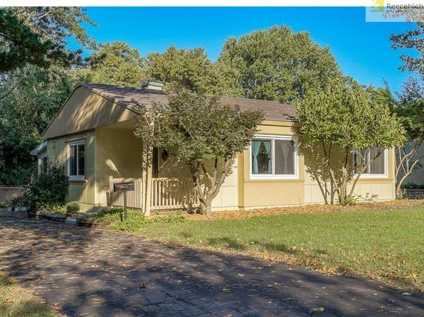2 bed 1 bath Single Family at 8432 Jarboe St Kansas City, MO, 64114 is for sale at 120k - 1 of 25