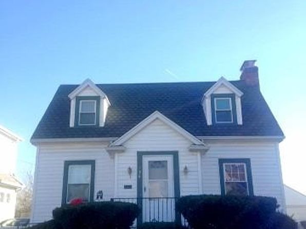 2 bed 2 bath Single Family at 136 E Beechwood Ave Dayton, OH, 45405 is for sale at 70k - 1 of 16