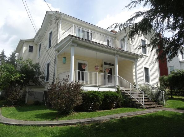 4 bed 3 bath Single Family at 190 Ronceverte Ave Ronceverte, WV, 24970 is for sale at 125k - 1 of 34