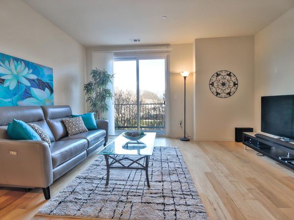 3 bed 3 bath Townhouse at 650 Almaden Walk Loop San Jose, CA, 95125 is for sale at 800k - 1 of 14