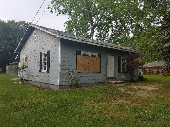 3 bed 2 bath Single Family at 501 E Broadway St Summerdale, AL, 36580 is for sale at 40k - 1 of 11