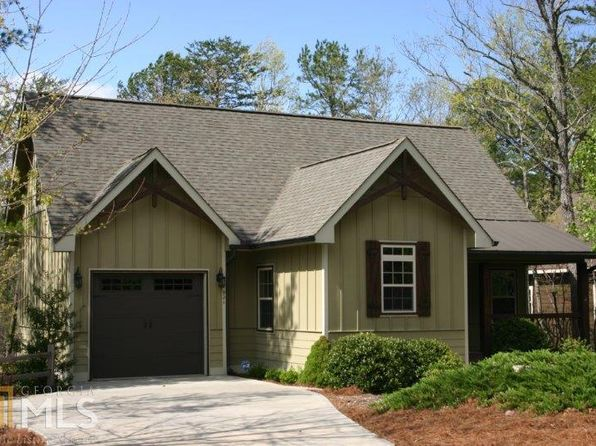 3 bed 3 bath Single Family at 921 ZEPPELIN STRASSE HELEN, GA, 30545 is for sale at 280k - 1 of 23