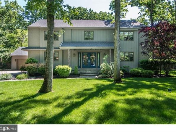 4 bed 3 bath Single Family at 85 Sweetbriar Ct Medford, NJ, 08055 is for sale at 450k - 1 of 25