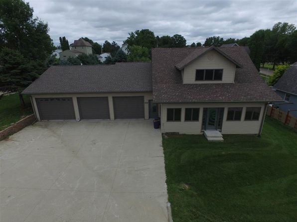 3 bed 3 bath Single Family at 404 E North St Monona, IA, 52159 is for sale at 175k - 1 of 20