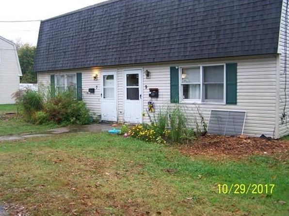 4 bed 2 bath Multi Family at 7-9 Roberta Bay Spencer, MA, 01562 is for sale at 210k - 1 of 25