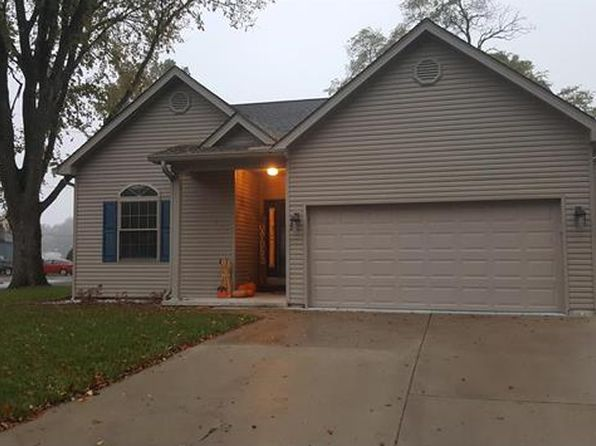 4 bed 3 bath Single Family at 200 W George St Mascoutah, IL, 62258 is for sale at 164k - 1 of 32