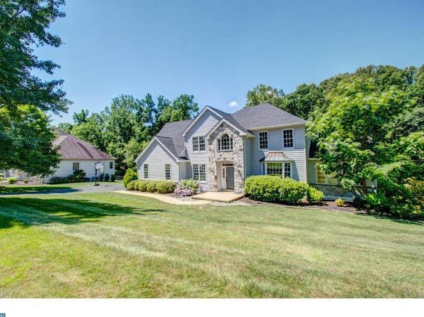 4 bed 3 bath Single Family at 17 Taylors Mill Ln Wilmington, DE, 19808 is for sale at 540k - 1 of 25