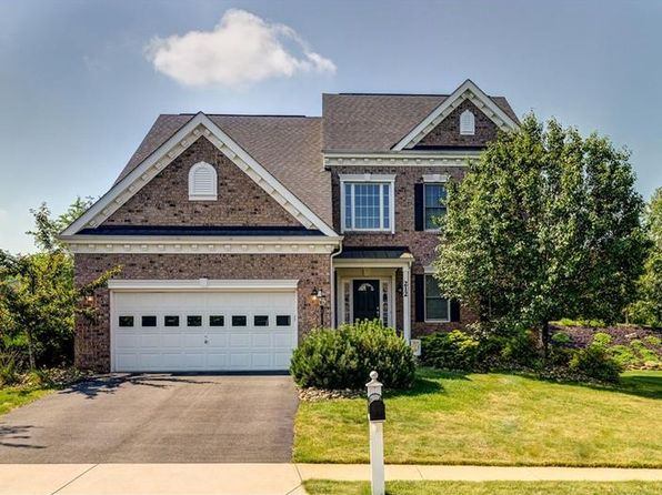 4 bed 4 bath Single Family at 212 Morning Grove Ln Valencia, PA, 16059 is for sale at 395k - 1 of 25