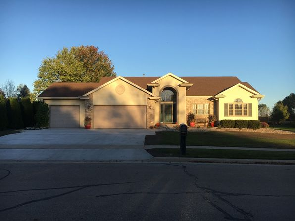 3 bed 3 bath Single Family at 845 Driftwood Dr Brillion, WI, 54110 is for sale at 235k - 1 of 36