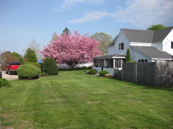 3 bed 2 bath Single Family at 3 Beach Ave Niantic, CT, 06357 is for sale at 460k - 1 of 26
