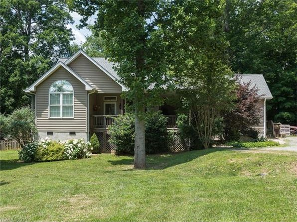 3 bed 2 bath Single Family at 58 Old Spring Dr Candler, NC, 28715 is for sale at 340k - 1 of 21