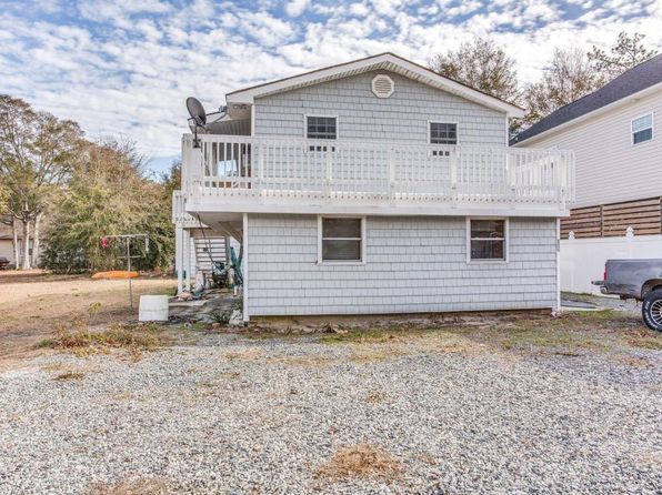 3 bed 2 bath Single Family at 150 NE 14th St Oak Island, NC, 28465 is for sale at 165k - 1 of 8