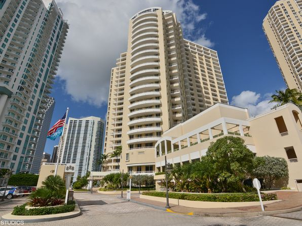 1 bed 2 bath Condo at 888 Brickell Key Dr Miami, FL, 33131 is for sale at 304k - 1 of 10