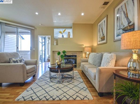 2 bed 1 bath Condo at 5209 Fairbanks Cmn Fremont, CA, 94555 is for sale at 745k - 1 of 28
