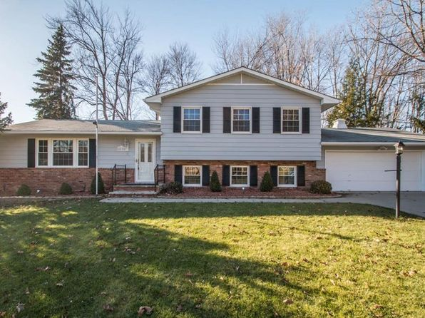 4 bed 2 bath Single Family at 8096 Twin Oaks Dr Broadview Heights, OH, 44147 is for sale at 250k - 1 of 35