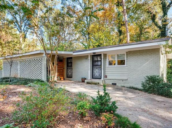 2 bed 2 bath Single Family at 2414 Elldale Ave Decatur, GA, 30032 is for sale at 198k - 1 of 11