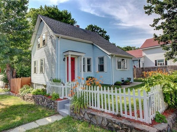 3 bed 1 bath Single Family at 2 Bingham St Providence, RI, 02904 is for sale at 165k - 1 of 21