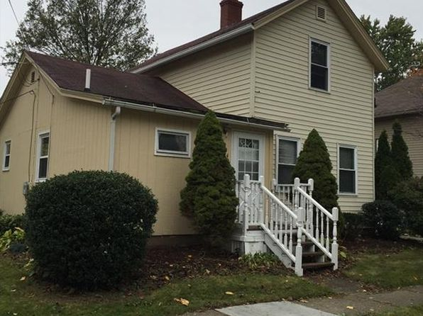 3 bed 1 bath Single Family at 334 E Central Ave Ravenna, OH, 44266 is for sale at 85k - 1 of 6