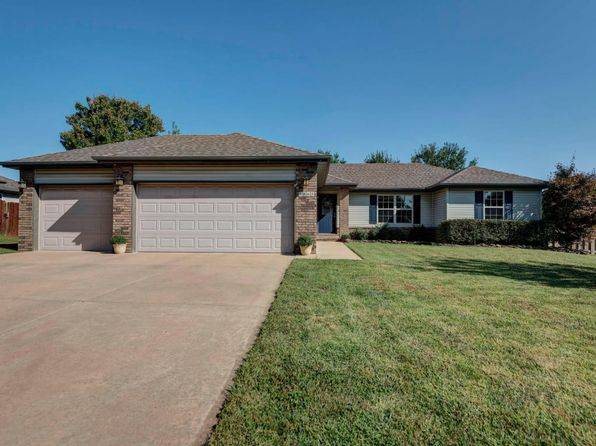 3 bed 2 bath Single Family at 4863 W University St Springfield, MO, 65802 is for sale at 147k - 1 of 31