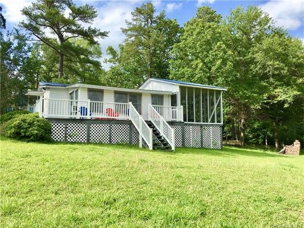 2 bed 2 bath Single Family at 1975 Lakeshore Rd Camden, SC, 29020 is for sale at 190k - 1 of 19